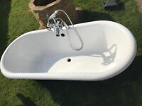 Cast iron Bath with taps