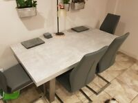 Modern Dining Table & Chairs