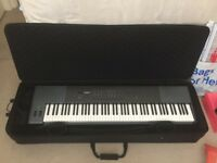M-Audio Oxygen 88 key USB Midi + case (Stagg KTC150y)