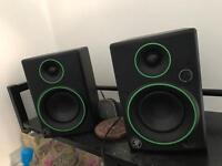 Speakers / subwoofers