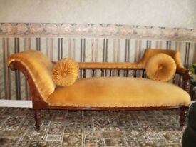 CHAISE LONGUE - IN VERY GOOD CONDITION - IRVINESTOWN AREA - £120