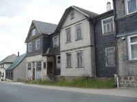 Divorce Necessitates Sale- Substantial German building, barn, garden and garage