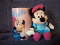 New Minnie Mouse Mug & Plush IP1