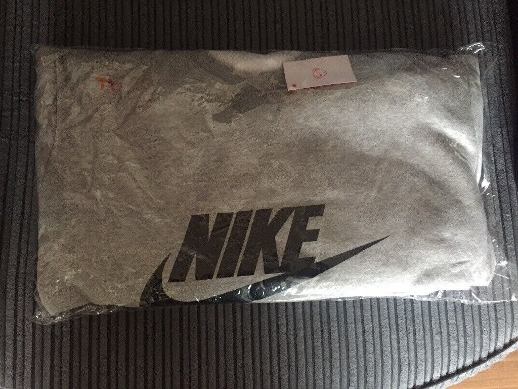 NIKE AIR TRACKSUITS BRAND NEW WITH TAGS AND WRAPPER