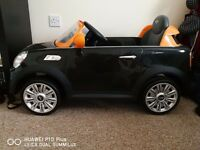 Avigo 6V Mini Cooper Coupe - Black and Orange