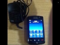 Blackberry storm 9500 mobile phone is in very good working conditions