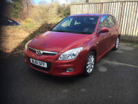Hyundai I- 30 comfort 5 door red low miles