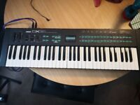 Yamaha DX21 Synthesizer Classic Collectors Keyboard. Collect LL14 2NF