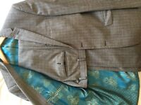Ted Baker Checked Suit 38R Male - beautiful lining - dry cleaned