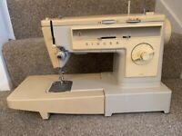 Singer Electric Sewing Machine - Model 533 - Very Good Condition Full Working Order
