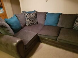Corner sofa. Ex condition.