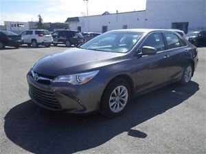 2016 Toyota Camry LE | Bluetooth |  Back UP CAM |