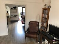Lovely double room to rent in 3 bed house in Bishopston