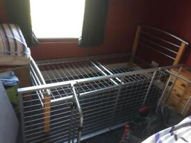 SINGLE BED FRAME WITH 2ND FRAME THAT ROLLS UNDERNEATH