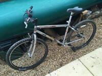 "Muddy Fox Razor Mega 17"" Mountain Bike *WOMEMS* In working order!!"