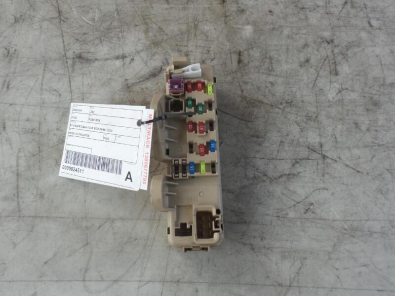 Mazda 323 Fuse Box Under Dash Bj 09981203 Ebayrhebay: Mazda 323 Fuse Box At Gmaili.net