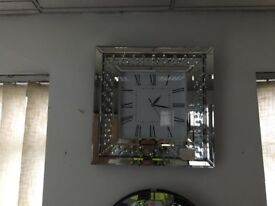 Brand new amazing floating diamond mirror clock
