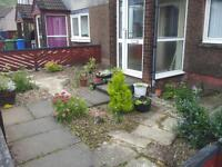 Budget investment £60k buy to rent .. Fantastic 2 bed ground floor flat private gardens and access