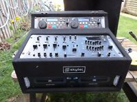 Skytec Tec 1242 Dj Mixer with Tec 2420 duble cd decks BOXED
