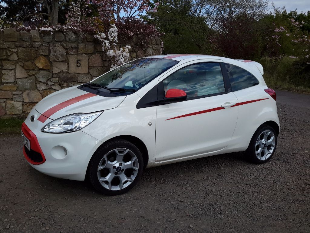 ford ka grand prix low miles white air con alloys cd heated windscreen rear privacy glass. Black Bedroom Furniture Sets. Home Design Ideas