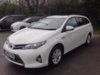 Toyota auris 1.8 HYBRID AUTOMATIC vvti cvt ICON 2013
