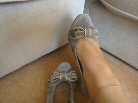 Khaki Clarks shoes size 6