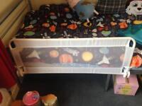 Kids bed rail