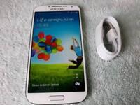Samsung Galaxy S4 unlocked white