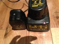 DeWalt Battery Charger & 2 Batteries 14.4v
