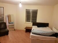 1 Bed Room available to share. There are two rooms 1 is Single and 1 is Double