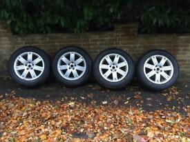 4 Range Rover Vogue Alloys + Pirelli Scorpion Tyres