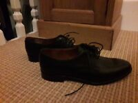 Grenson ladies black leather shoes size 5C - beautiful quality.