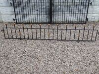 Wrought iron railings / Metal fence / Wall toppers / Driveway / Gates / Garden fence / Patio / Steel