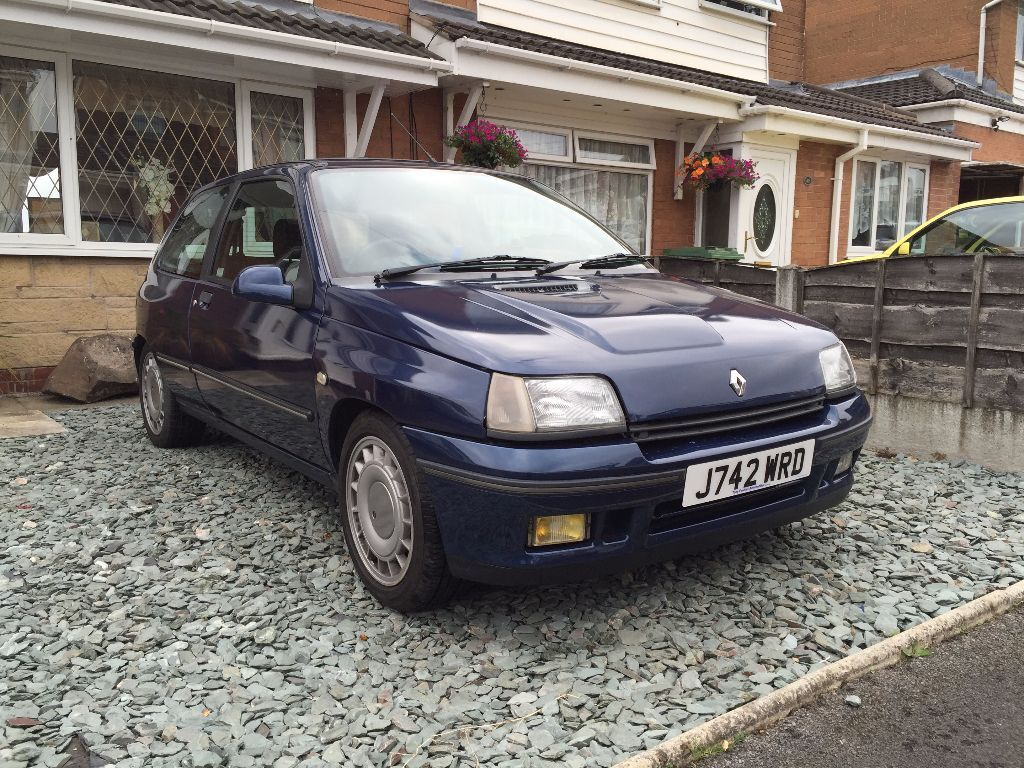 renault clio 1 8 16v in radcliffe manchester gumtree. Black Bedroom Furniture Sets. Home Design Ideas