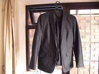 Boys Suit age 12/13