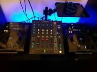 Pioneer CDJ-900 x2 and DJM-700