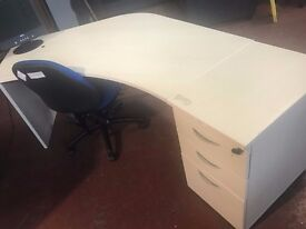 Stylish Panel End Light Maple Curved Wave Desk in Very Good Condition (Multiples available)
