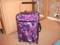 'it' carry on suitcase