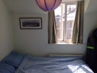 Double room in the center of Bath