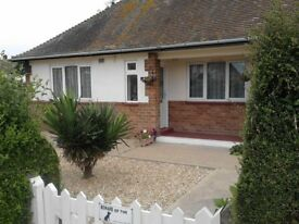 Lovely 2 bedroom bungalow in Skegness looking for ONE-TWO bed House Bungalow Flat 10mile radius