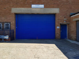 UNIT TO LET 6500 SQ FT - LUTON TOWN CENTRE - IDEAL FOR MOTOR TRADE / STORAGE / GENERAL WAREHOUSE