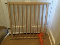Baby Dan stairgate / baby gate