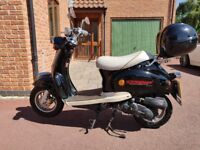 Moped in good condition for sale (2015, 2600 miles) - DIRECT BIKES RETRO DB50QT-A