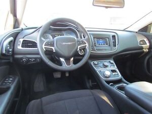 2015 Chrysler 200 Limited   HEATED POWER SEATS London Ontario image 10