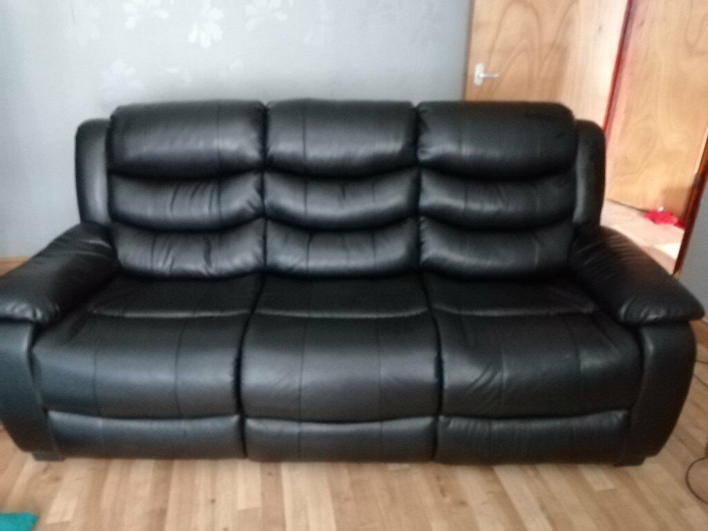 Astonishing Black 3 Seater Leather Sofa Price Reduction Now 70 Ono In Newtownabbey County Antrim Gumtree Creativecarmelina Interior Chair Design Creativecarmelinacom