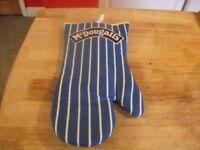 Oven Glove / Vintage McDougalls Oven Glove Mit