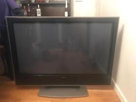 "Hitachi 43"" TV"