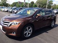 2014 Toyota Venza Limited WITH NAVIGATION!!