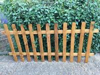 Picket fence x2 (brand new never used)