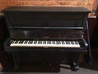 HOLBROOK PIANO £400 OFFERS..